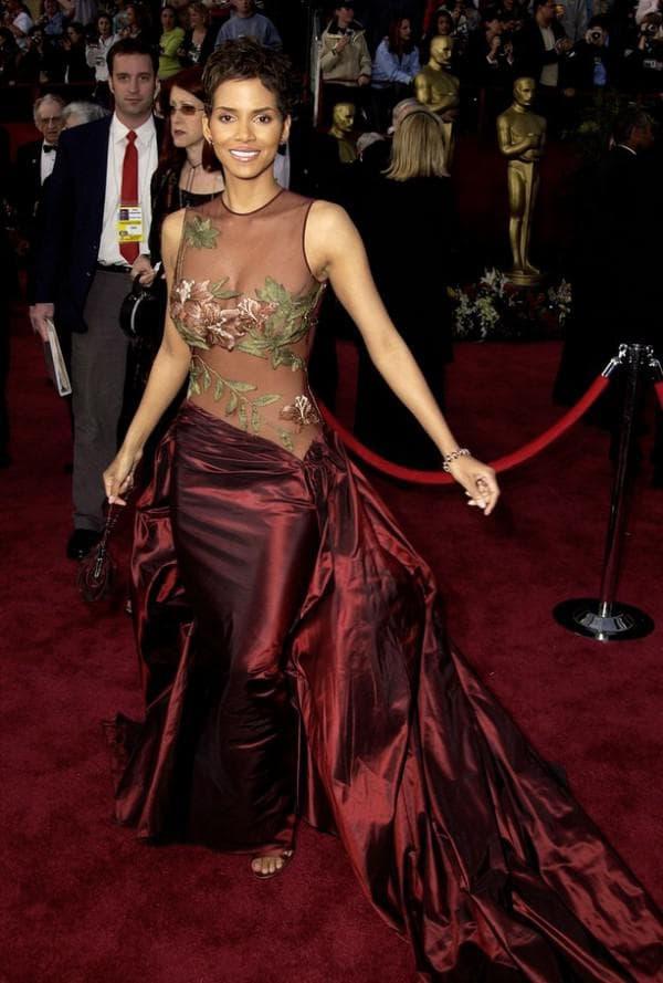 Красное платье Elie Saab
