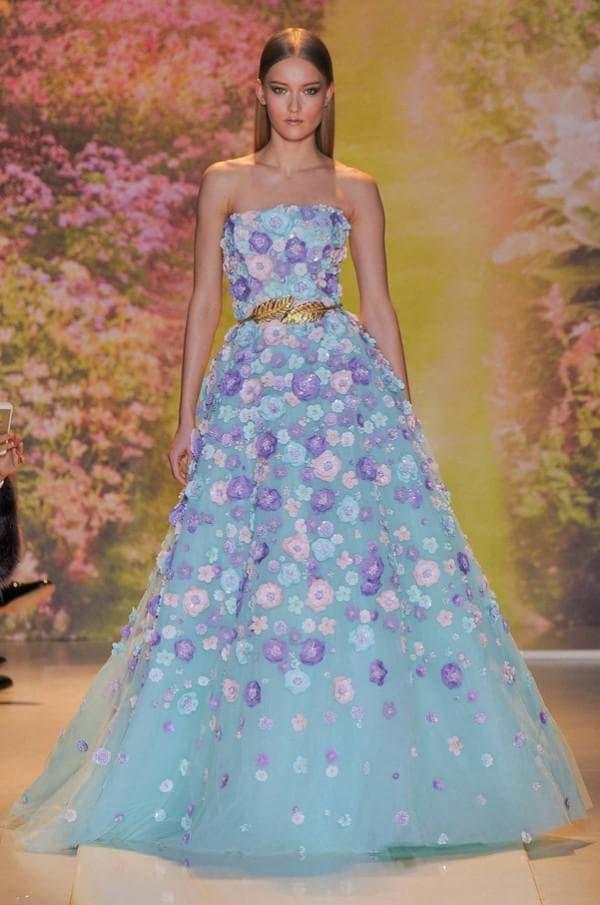 Пышное платье в пол в цветок