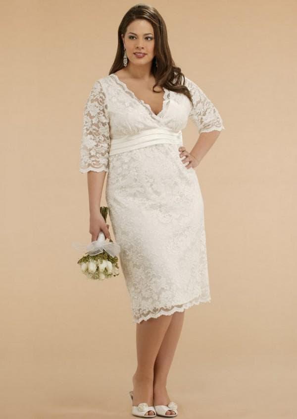 Кружевное свадебное платье для полных