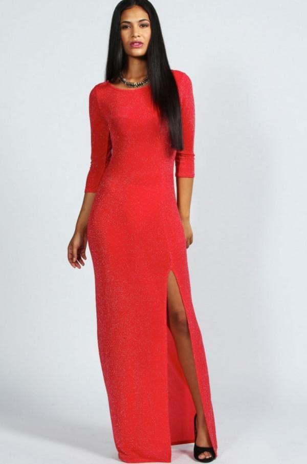 Длинное платье с разрезом на ноге на каждый день