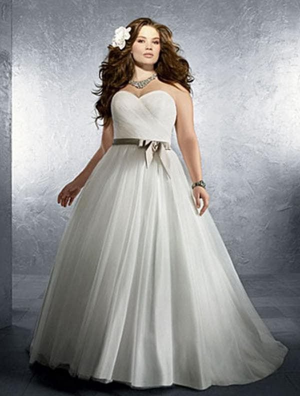 Свадебное платье прицесса для полных
