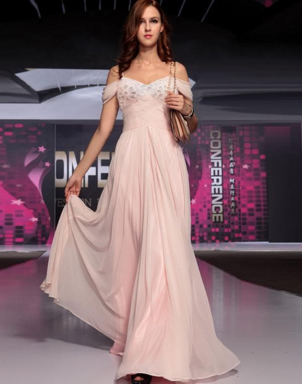 Нарядное платье в стиле прованс