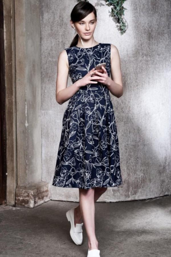Повседневное платье Кира Пластинина