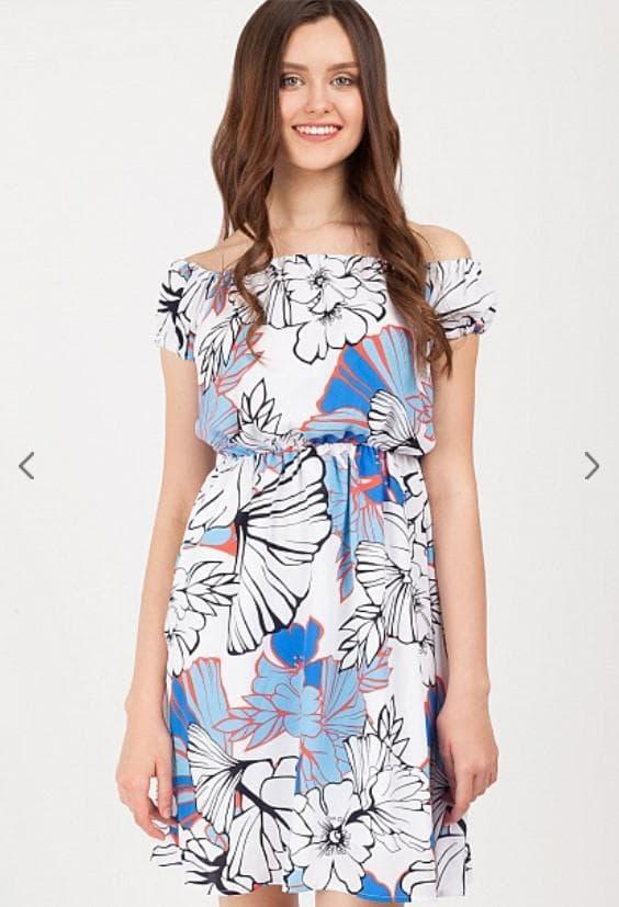 Короткое летнее платье с принтом