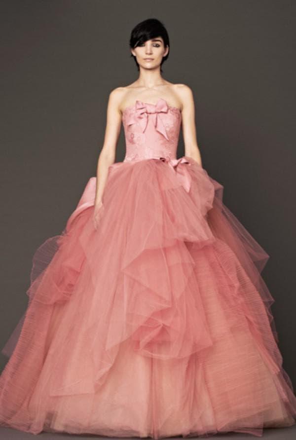 Коралловое платье невесты фасон принцесса