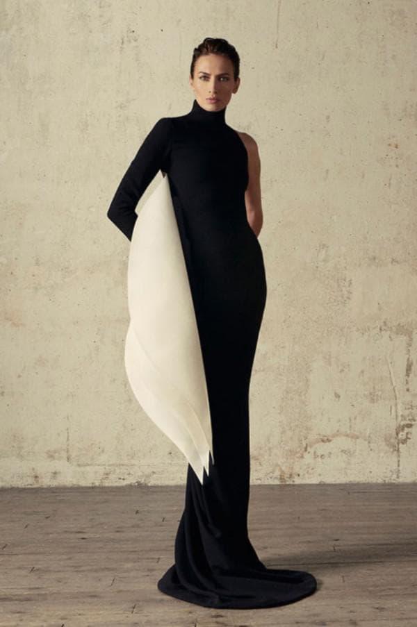 Черное белое платье в пол торжественное