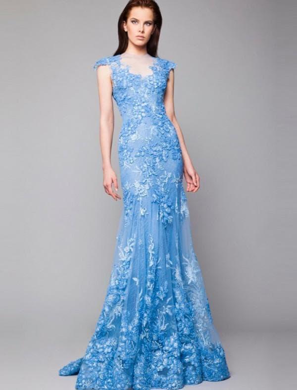 Синее кружевное платье в пол