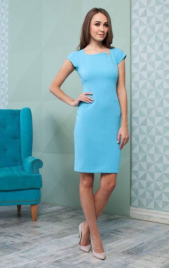 Офисное голубое платье