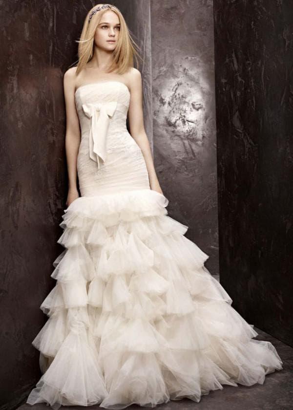 Длинное свадебное платье облегающего кроя