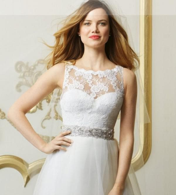 Брендовое свадебное платье большого размера