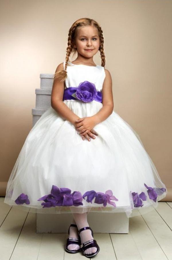 Пышное платье белое с фиолетовым
