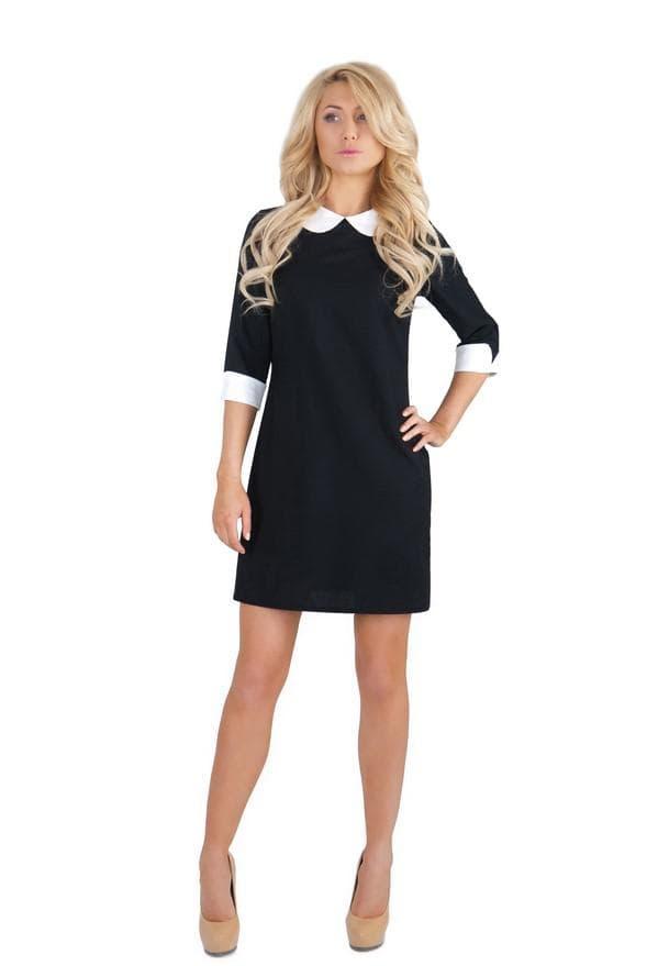 Черное платье мини со светлым воротником