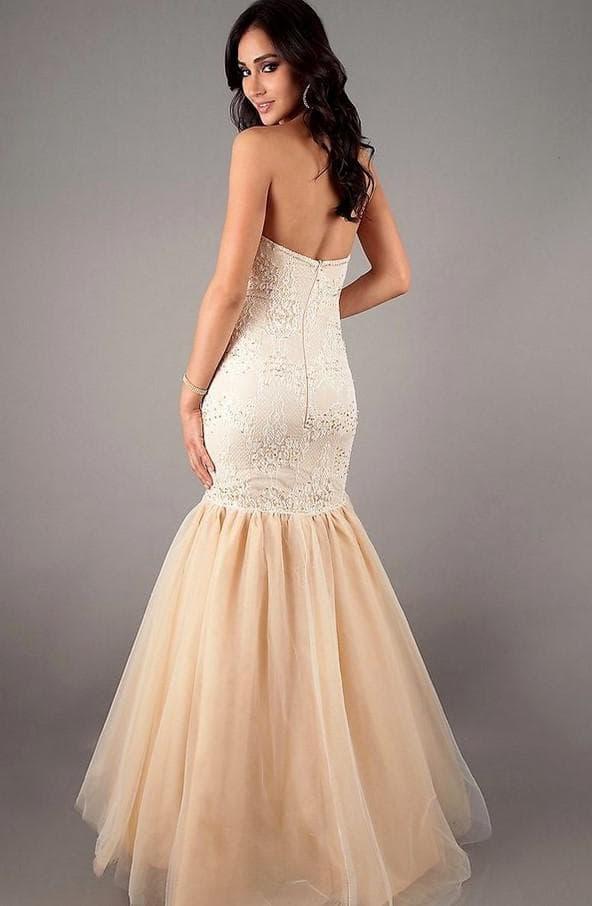 Свадебное платье рыбка цвета айвори