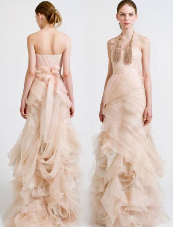 Пепельно розовое свадебное платье