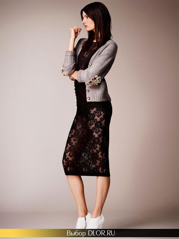 Прозрачное черное платье-футляр