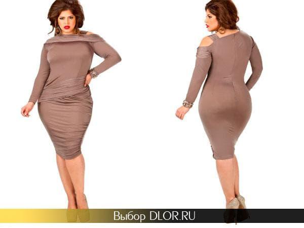 Облегающее платье-футляр коричневого цвета