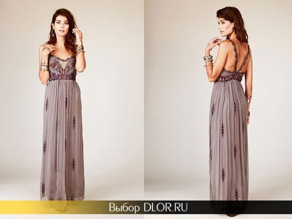 Платье серого цвета с открытыми плечами