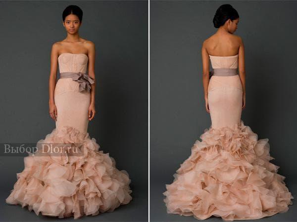 Персиковое свадебное платье годе