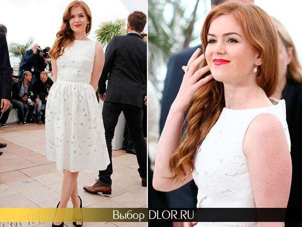 Белое платье без рукавов с пышной юбкой