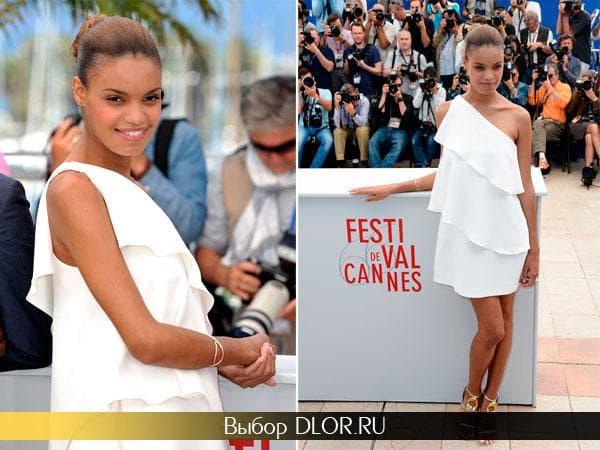 Белое платье на одно плечо Анаис Монори с воланами